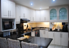 11 Coral Sands