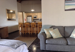 12 On Vaal Drive B&B