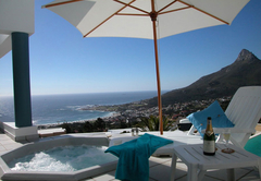 Holiday Home in Camps Bay