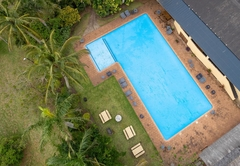 17 Manzini Holiday Resort