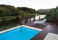 18 Tinderwood on the Lake