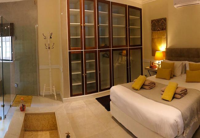 Orange Suite bedroom
