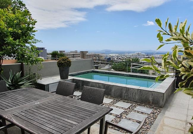 2 Bayview Terrace