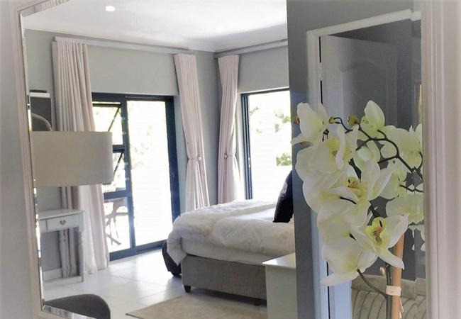 Orchid Honeymoon Suite
