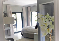 Orchid Honeymoon Suite