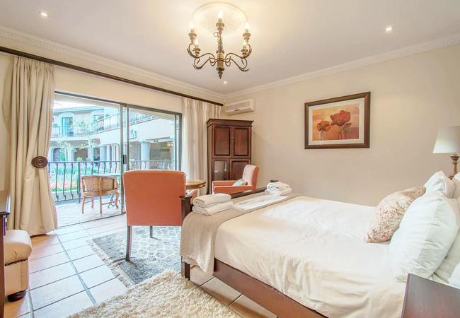 Luxury Suite 2