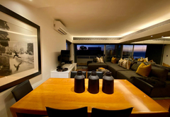 Clifton Beachfront Executive Apartment