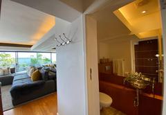 Clifton Beachfront Executive Apartment