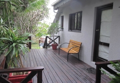 34 On Bonza Guest House