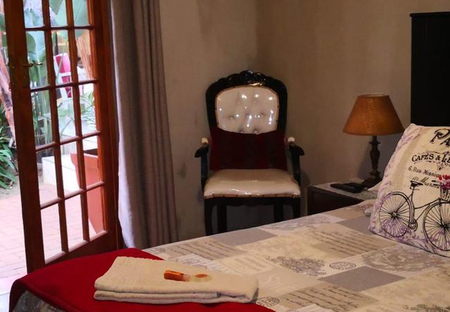 Single Room - Victorian Room