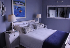 3 Colours Blue Guest House