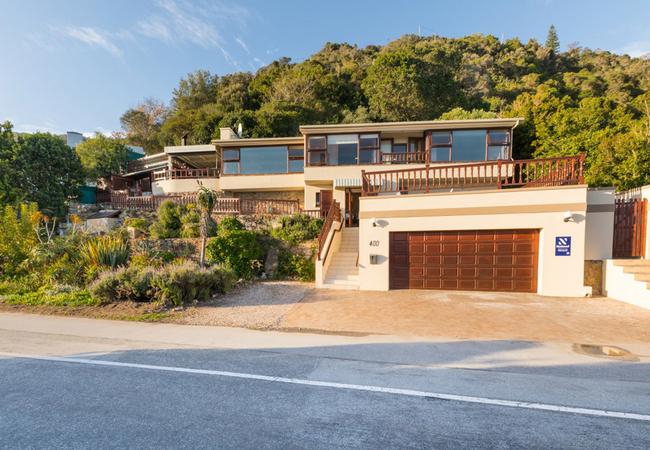 400 Waterside Road Villa