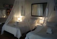 44 On Ennis Guest Lodge & Restaurant