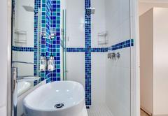 Santina\'s bathroom