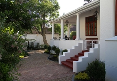 5 Camp Street Luxury Self-catering