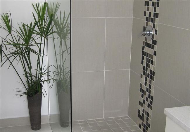 main en suite shower