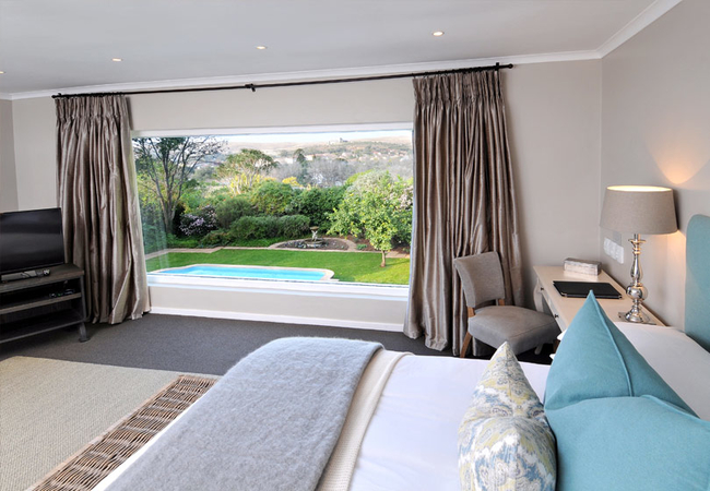 Upstairs Luxury Room with View