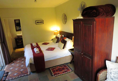 8 Landsdowne Bed and Breakfast