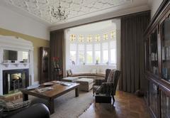 Abbey Manor
