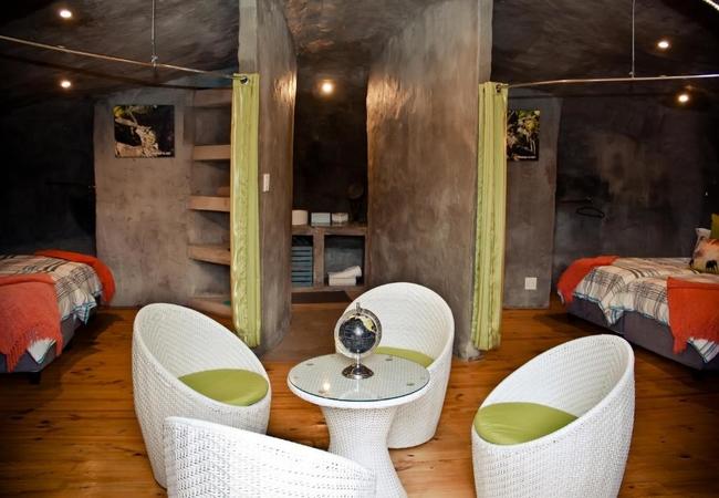 Dung Beetle 4-Sleeper Suite