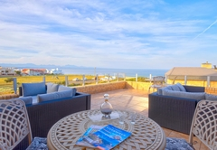 African Oceans Villa