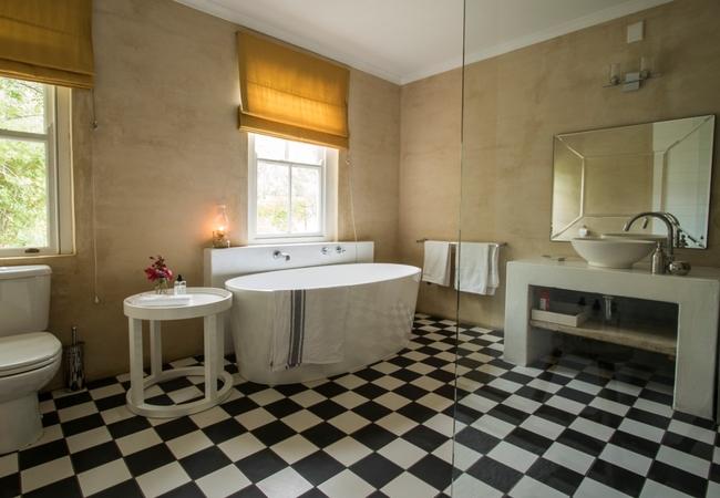 Deurdrift 2 bathroom