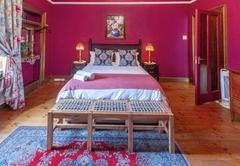 Room 3: Deluxe Queen Room