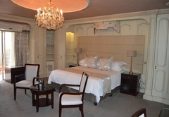 De Bron Superior Suite