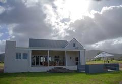 Albatross Country House