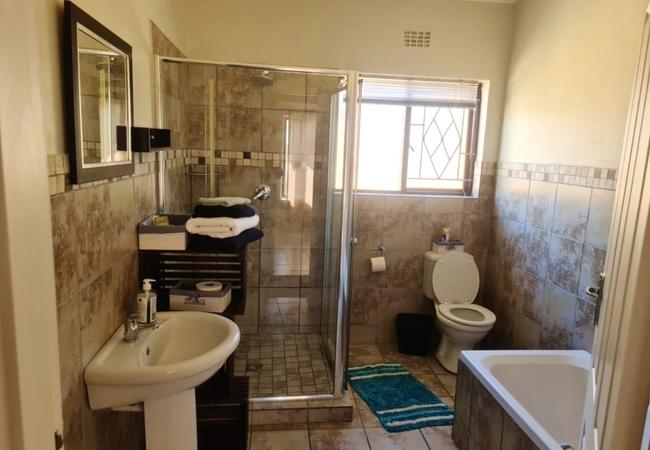 Luxury Two Bedroom Unit 1