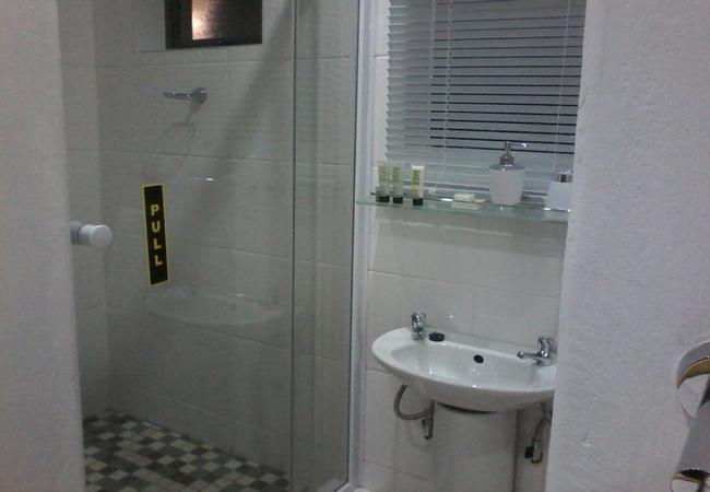 Unit 5 - Double Room