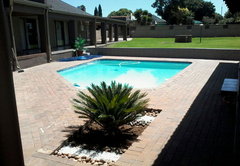 Bed & Breakfast in OR Tambo International