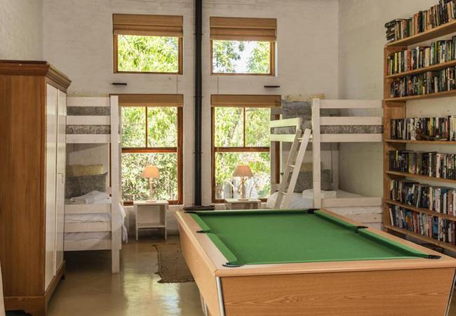 2 bunk beds upstairs