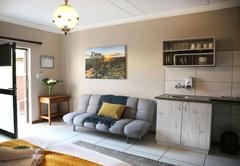 Alucarni Guest House