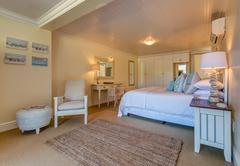 Whale suite
