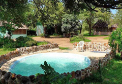 Amanzimlotzi Riverside Bush Camp