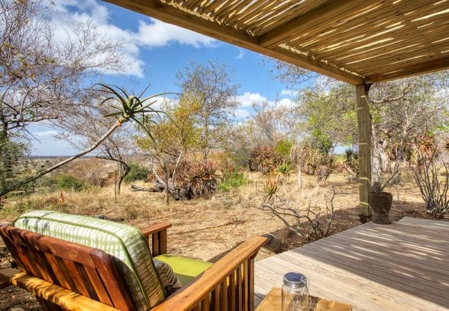 Garden view suite deck