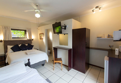5. Triple Room