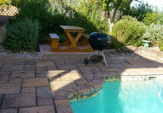 Have a barbeque / braai