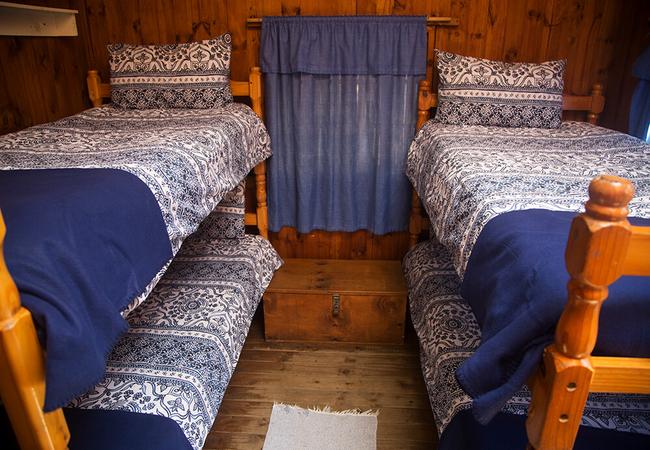 6 Sleeper Dorm
