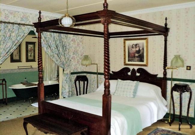 Bathroom Double Room 3