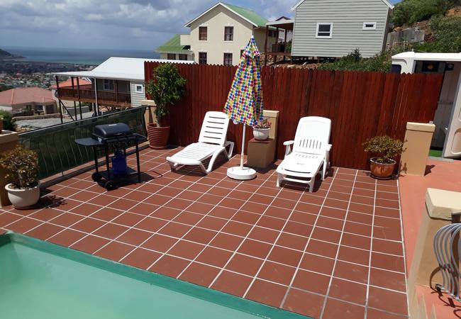 Cottage pool deck