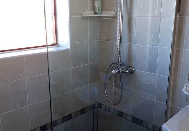 Small Thyme shower