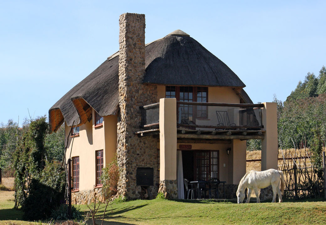 Thatched Mountain-facing Chalet