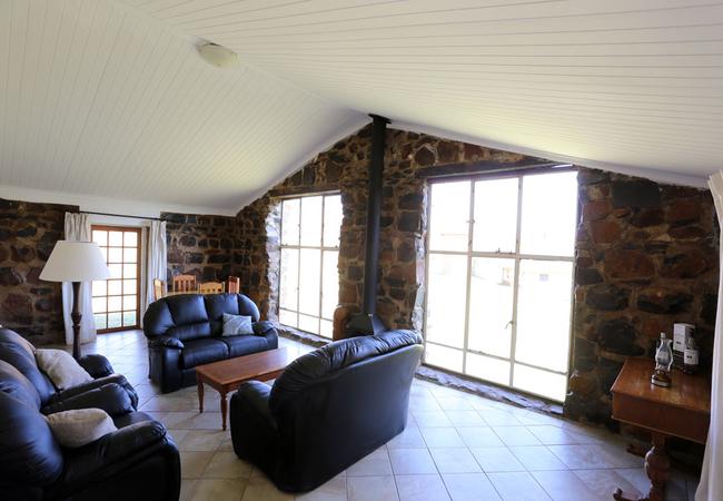 2 Bedroom Mountain Facing Suite