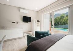 River Deluxe Suites