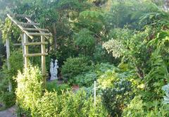 Ascot Gardens