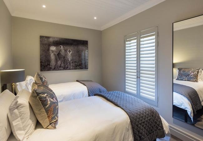 Cheetah 2 Bedroom
