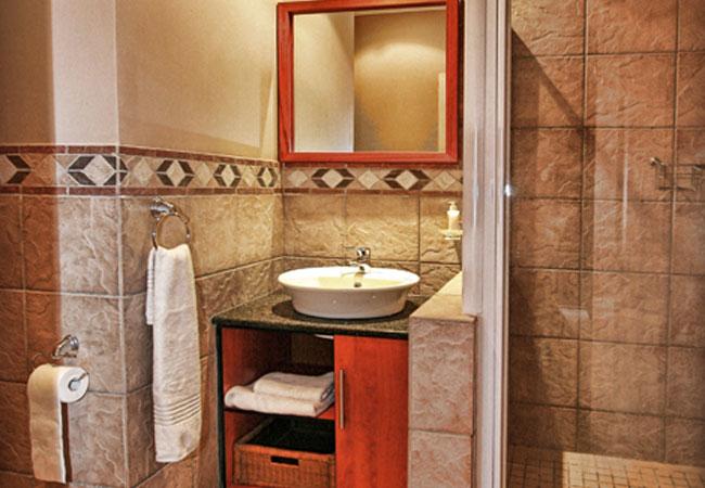 En-suite room bathroom