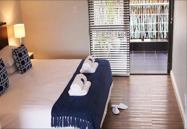Double Rooms - Queen Bed